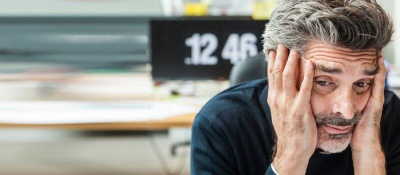 Czy siwe włosy ze stresu to mit?